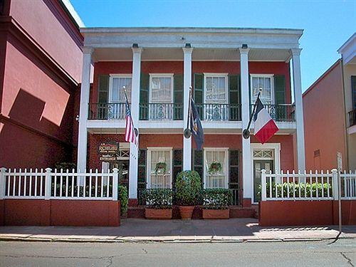 Le Richelieu will be our homebase in The Crescent City; beyond its luxurious amenities and historic charm, its location in the French Quarter can't be beat!